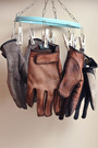 gloves-wash.jpg